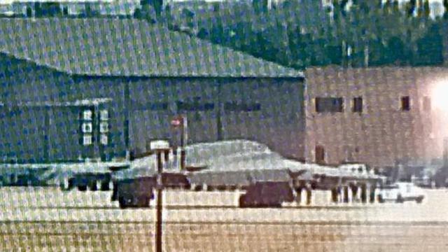 不來跟我軍交下手?美軍B-2隱身轟炸機緊急迫降機場