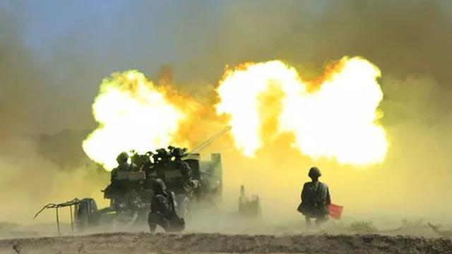 末端空域守護者!我新疆軍區高炮射擊火力無縫銜接