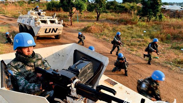 为和平而战!第5批赴南苏丹维和步兵武装护卫演练