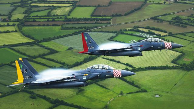前辈战斗过的地方!美空军纪念涂装攻击鹰再临诺曼底