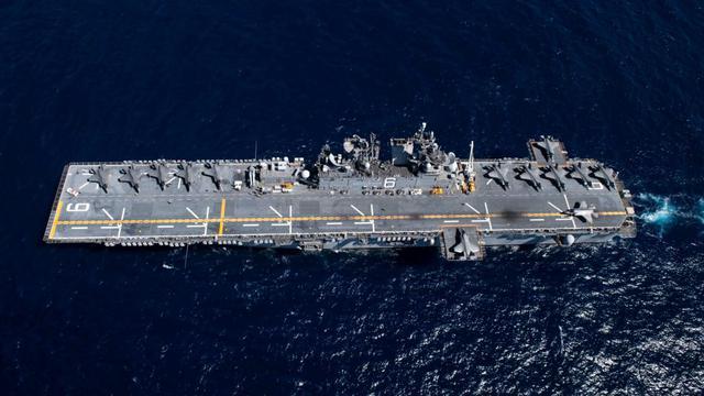 规模荷瓴┕偻У侨氩涣耍大:美军两栖战斗舰进行演习 13架F35B参加