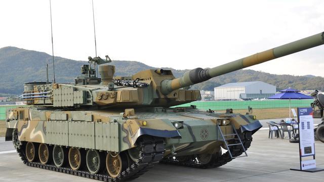 还用德国变速箱?韩国首尔防务展秀出国产K2坦克