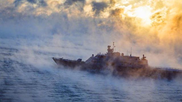 仿佛原地升天!美军濒海战斗舰海试途中突遇大雾