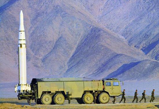 中国钻�����(c_[转载]中国钻地弹东风15有多厉害