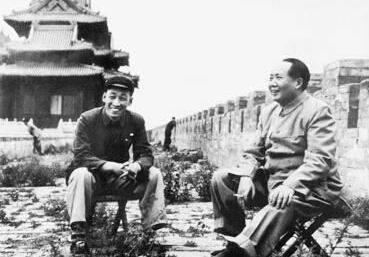 建国后大量拆毁北京古建筑 毛泽东为何三顾故宫而不入