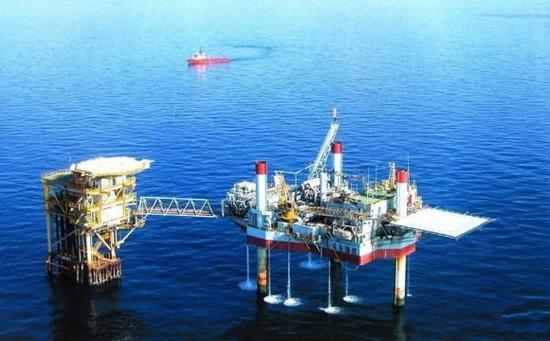 资料图:中国南海石油钻井平台