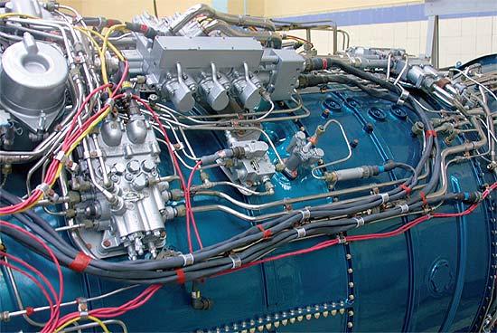 99M1发动机上的FADEC部件