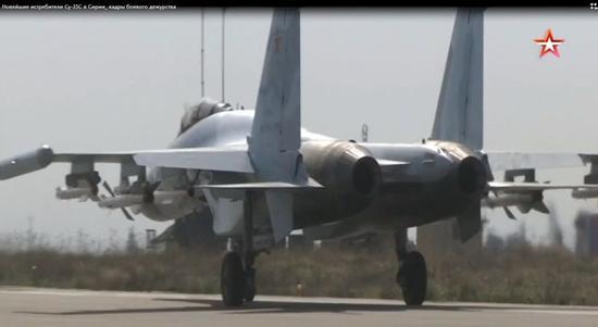 驻叙利亚的苏-35S同时挂载R-27和R-77-1