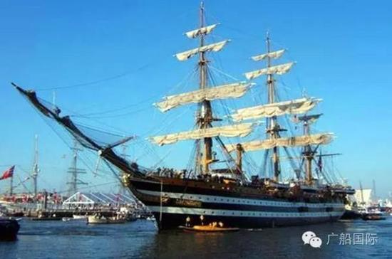 """哥伦比亚""""格露利亚""""号风帆训练舰"""