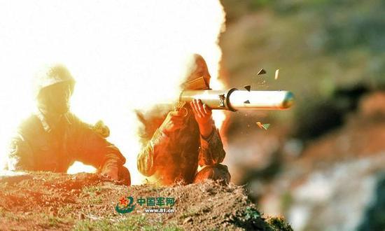 我是一个兵 笛谱-云爆弹使用空气燃料炸药可在极短时间内形成高温高压真空区和强大冲