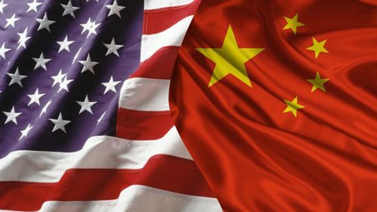 该网站又称,中国研制的东风-21D导弹(能装载核弹头),能用来对抗美国海军的航母和其他现代战舰。如果中国导弹击沉了美国航母,将导致6000水兵伤亡,全面战争将无法避免。