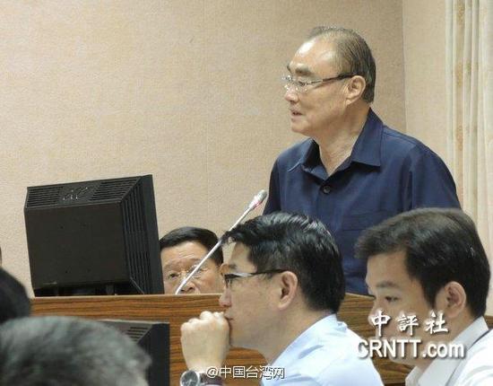 资料图:台湾防务部门负责人冯世宽。