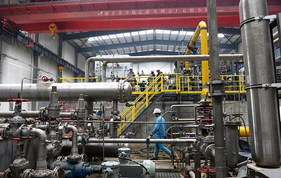 2015年4月22日,重庆涪陵页岩气增压站采用的压缩机及辅助系统国产化率图片