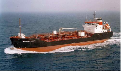 资料图:运油船