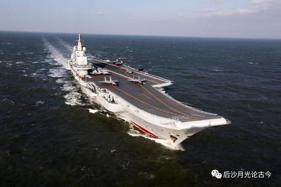 辽宁号航母不会孤单 将来它的兄弟们还会去台湾围观