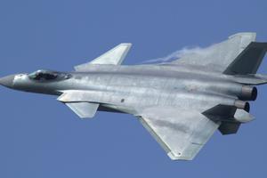 中国空军披露歼20新颖战法 已解决作战瓶颈比F22还强