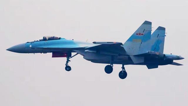 曝中国空军苏35战机完整大图!战力超亚洲各国