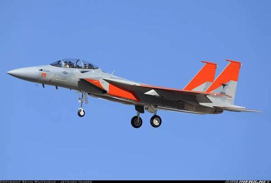 在以色列获得F-35后,沙特拿到了落后半代的F-15SA