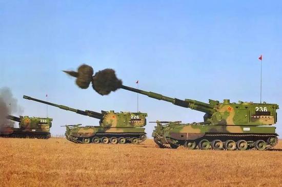 中国今年在火炮等地面武器的发展上突飞猛进