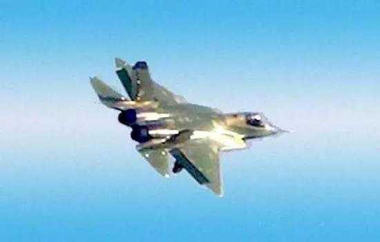中國2.0版殲-31已進行首次試飛并成功