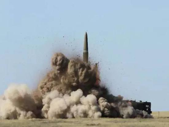 """俄軍的""""伊斯坎德爾-E""""導彈系統可破北約反導系統"""