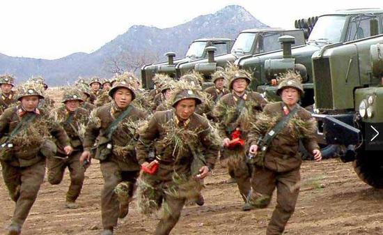 质料图:朝鲜军队练习