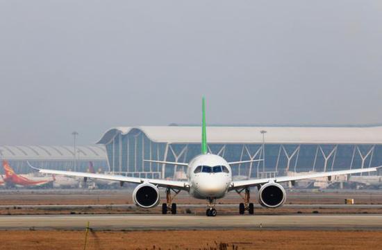 总部设在上海的飞机制造商中国商用飞机有限责任公司(comac)说,一个由