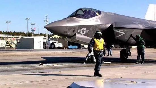 "F-35C将在""福特""级上实现电磁弹射起飞"