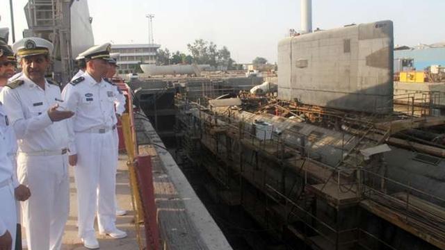 要帮忙大修?中国海军参观伊朗基洛级潜艇