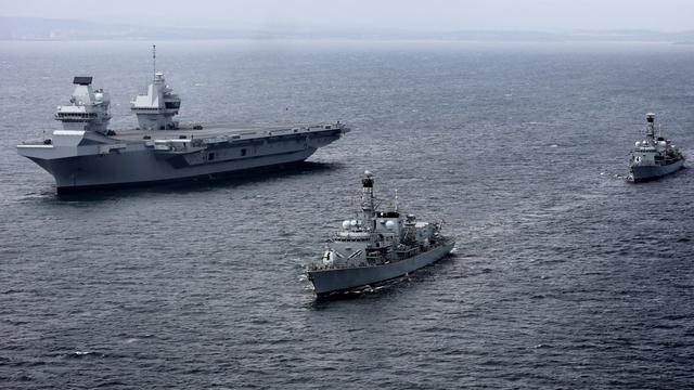 中国航母啥时能海试?英国女王号航母第二次海试