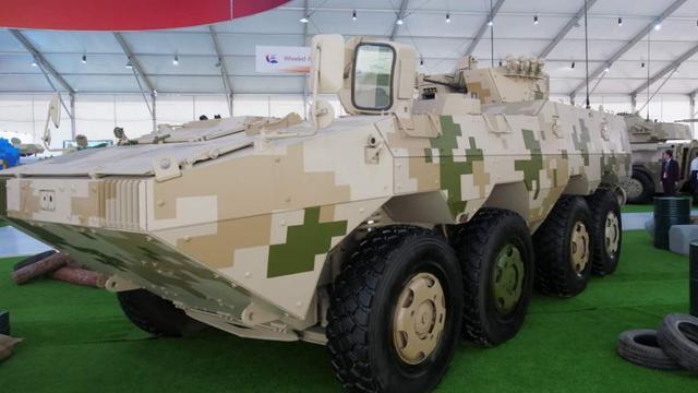 2017中国兵器装甲日:多款新型战车集中亮相