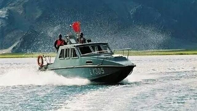 解放军西海舰队!中印冲突的班公湖的水上中队