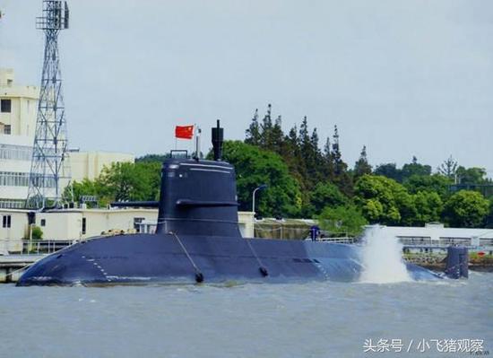 图为039B潜艇。