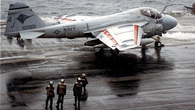 美国这款战机曾被我们干下!我军击落2架A6攻击机
