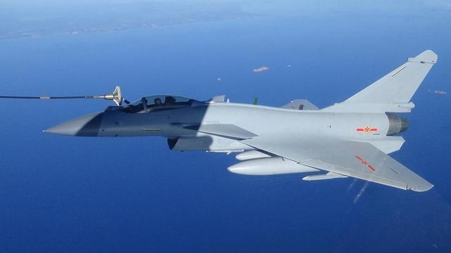 """兄弟切磋!中国空军南海""""大战""""海军航空兵"""