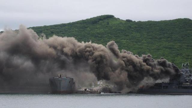 俄军现代级舰浓烟滚滚:中国同级舰正在改装