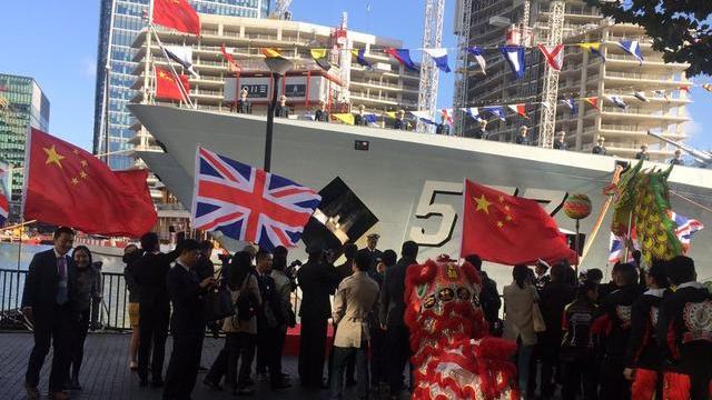 我海军访英舰队向同胞承诺:祖国是你们坚实后盾