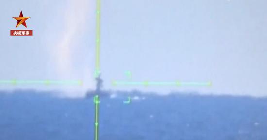 中俄海上军演进入实兵演练阶段 南昌舰首局命中靶船