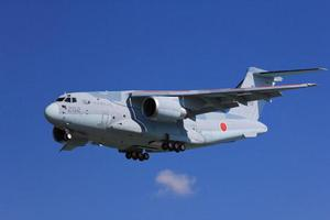 日本C2运输机赴巴黎航展公开展示 两因素限制其销量