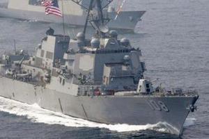 美国军舰闯入中国南海永暑礁与美济礁12海里水域