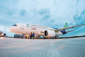 国产大飞机交付中心正式复工 适时启动C919生产试飞