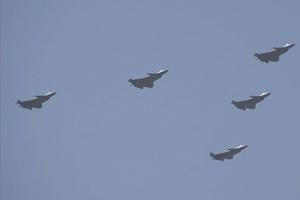 期待!歼20将在今年中国航展飞行展示