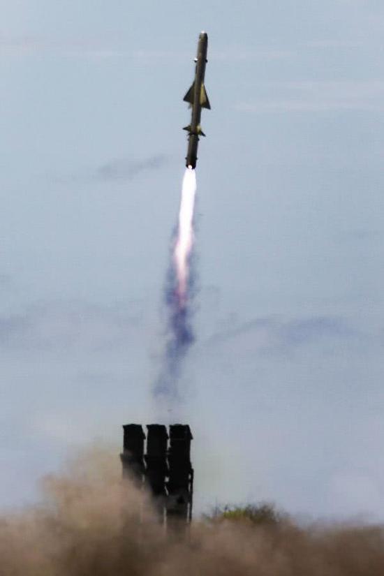 美日进行岸舰导弹实弹打靶 或部署岛屿封锁中国海军