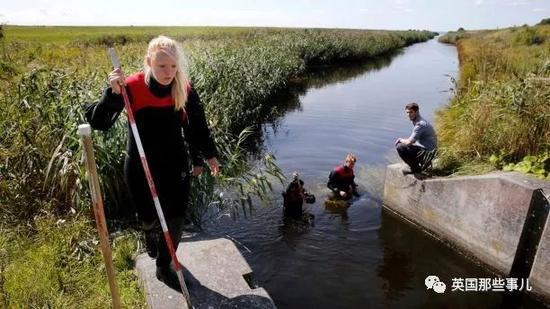 四次翻供!在潜艇上分尸女记者的丹麦企业家终于判了海尔37寸液晶电视