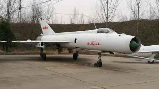 河南这个小县,实际储存了2000架军用飞机。这个数字是亚洲第一(图) 神圣时时彩计划QQ群 第3张