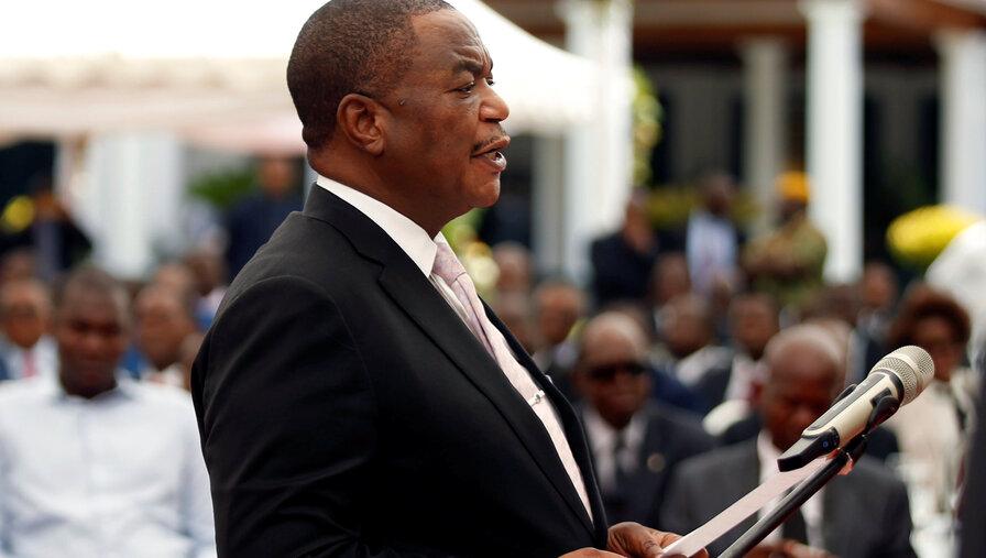 津巴布韦副总统:错误言论虚假信息不会破坏中津友谊