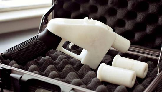 美国或将人人可造枪支 3D打印公司获准公开设计图纸