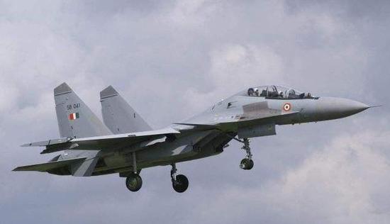 印军加强在拉达克边境军事行动 战机每小时出动一次