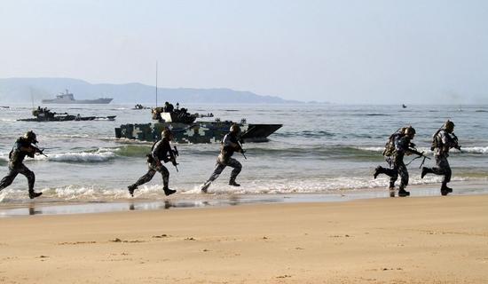 解放军将在浙江舟山相关海域进行实弹射击训练