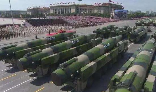 国防部谈国庆阅兵:和平不会从天而降要用实力捍卫